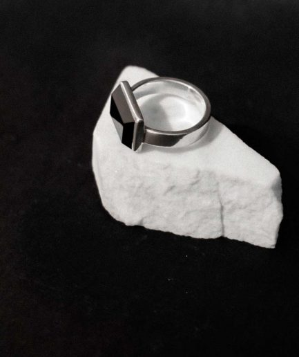 this iconic ring will fit perfectly for men who wants to express his brave character. sterling silver and 10 mm x 16 mm onyx.