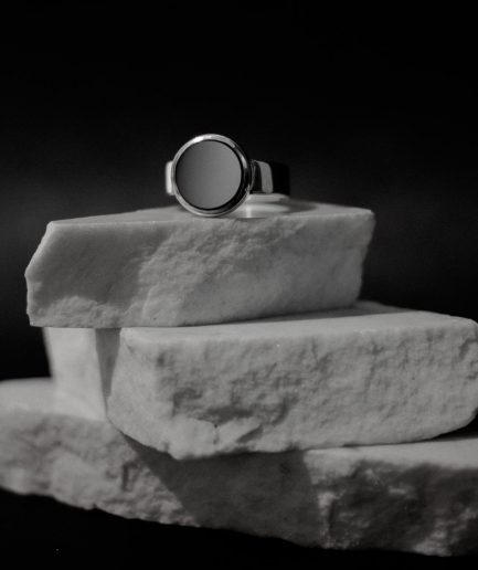 classic men's signet ring, mixed with modern creativity and pure minimalism.