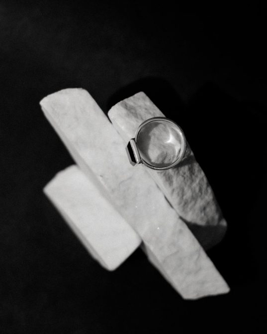 when it comes to notable men's ring, form selection is everything and this square onyx ring, set in sterling silver is excelent case in point.