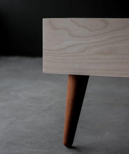 dizaina gardēžiem ___balināts bērza gultas rāmis apvienojumā ar sapelli koka kājām ___smalks, maigs un tomēr īpaši spēcīgs raksturs.