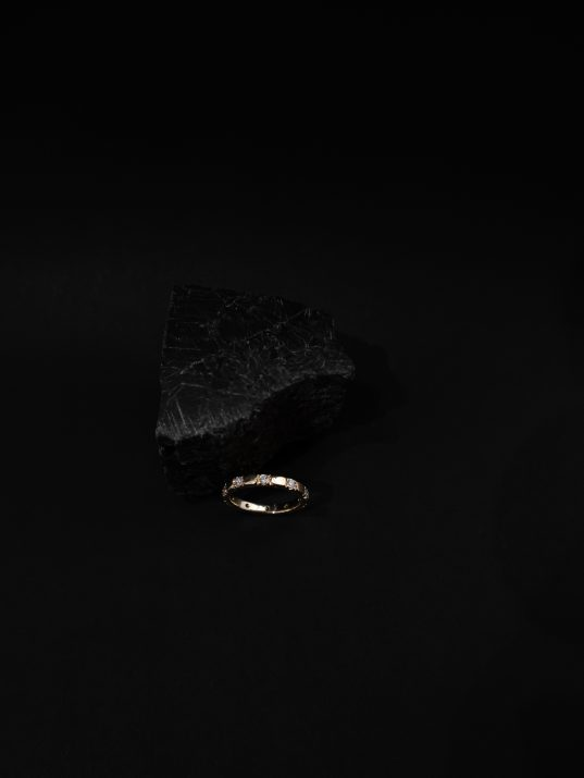 14K solid gold and diamonds ring